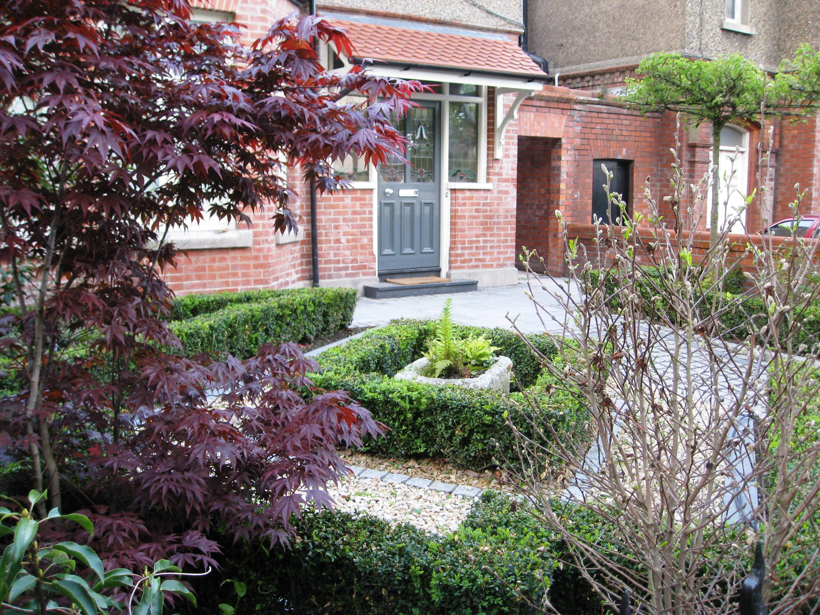 Smart front garden design in dublin tim austen garden for Small front garden plans