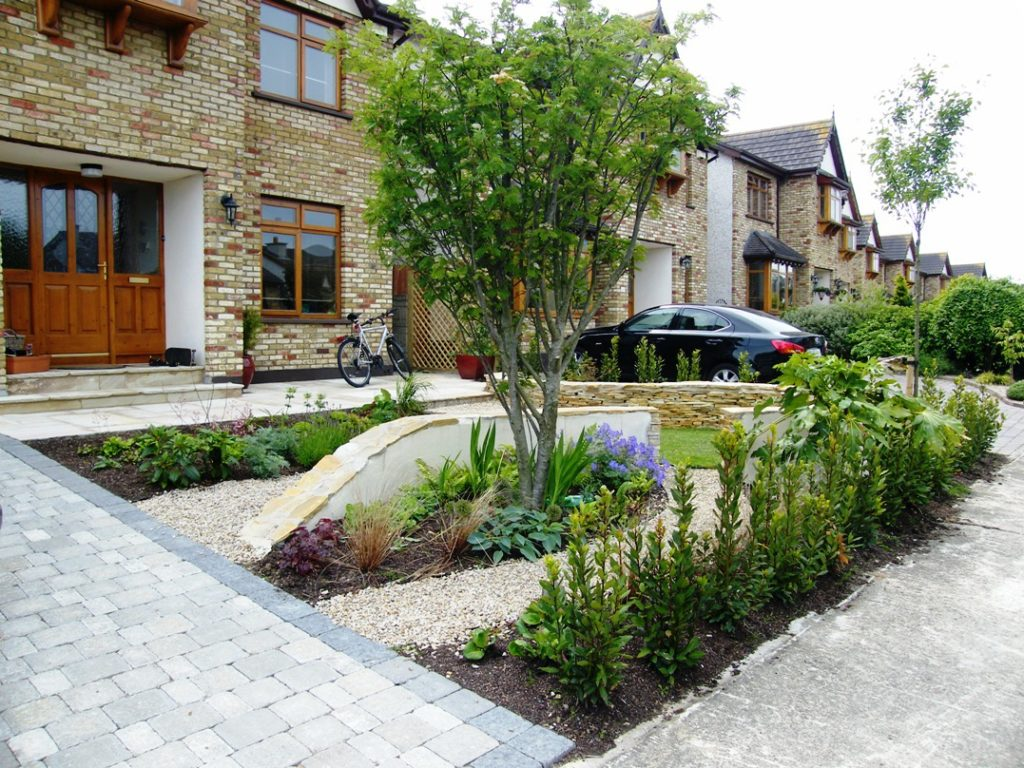 Award winning garden design for a front garden in wicklow for Garden design kerry