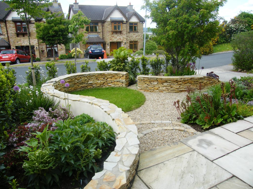 Award winning garden design for a front garden in wicklow for Small front garden designs