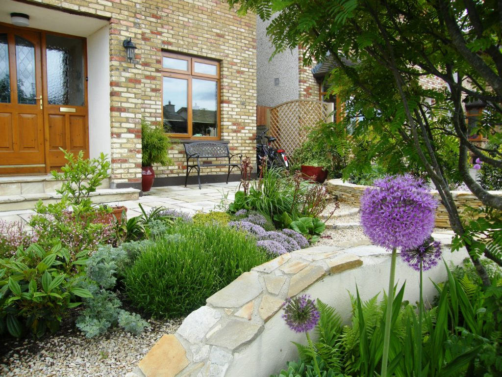 Award winning garden design for a front garden in wicklow for Front garden design plans