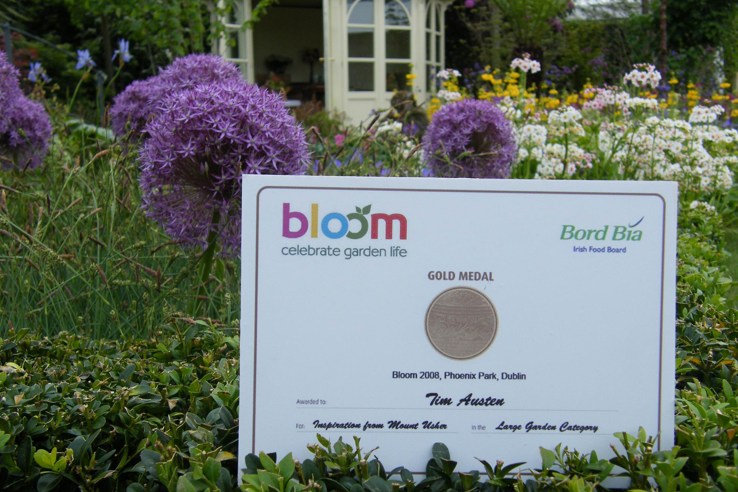 Tim-Austen-Garden-Design-Bloom 2008 Inspiration from Mount Usher-9